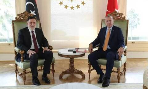 Ο Ερντογάν συναντήθηκε με τον Σάρατζ κεκλεισμένων των θυρών