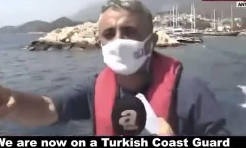Βίντεο - σοκ: Τούρκοι δημοσιογράφοι σουλατσάρουν δίπλα στο Καστελόριζο