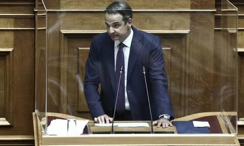 Μητσοτάκης στη Βουλή: Ο κορονοϊός είναι επικίνδυνη αρρώστια - Παράνοια η άρνηση της μάσκας