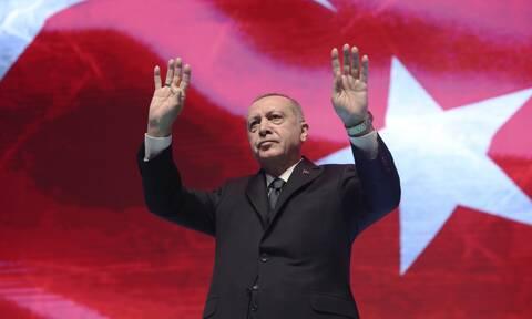 Ερντογάν στοχοποιεί το Καστελόριζο: Θέλουν να μας εγκλωβίσουν στις ακτές μας με ένα νησί 10 τ. χλμ.