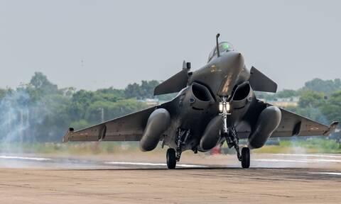 Rafale: Αυτά είναι τα πανίσχυρα γαλλικά μαχητικά που «τρέμουν» οι Τούρκοι
