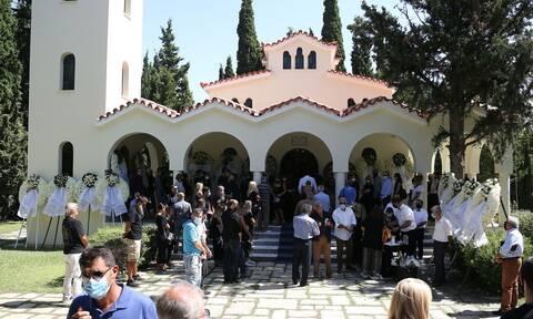 Αλέξης Σταϊκόπουλος: Συγκίνηση στο τελευταίο αντίο του παλαίμαχου πολίστα (pics)