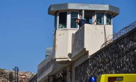 Φυλακές Κορυδαλλού: Έφοδος στα κελιά - Εντοπίστηκαν ναρκωτικά θαμμένα στην αυλή