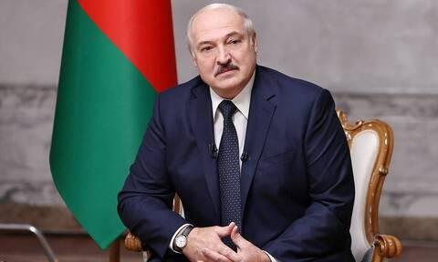 Лукашенко заявил о наличии неопубликованной части перехваченного разговора о Навальном