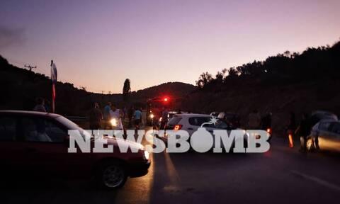 Νέα ένταση στη Μόρια: Περίπου 1.000 μετανάστες επιτέθηκαν με πέτρες σε αστυνομικούς
