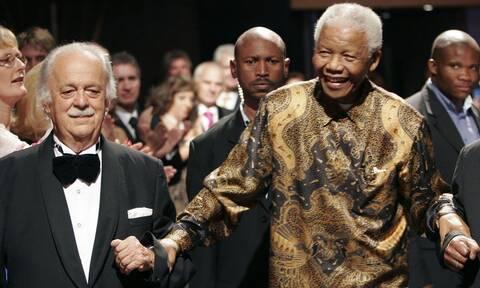 Τζορτζ Μπίζος: Πέθανε ο έλληνας δικηγόρος του Νέλσον Μαντέλα
