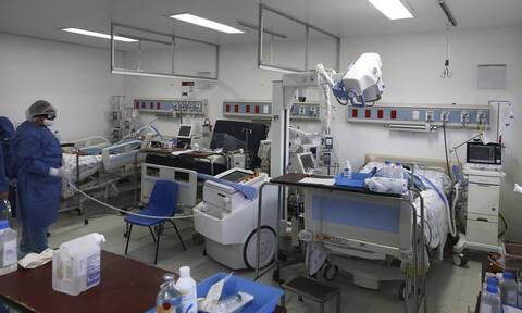 Κορονοϊός: Ένας στους πέντε νεαρούς ασθενείς εισάγεται σε ΜΕθ