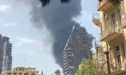 LIVE: Μεγάλη φωτιά στο λιμάνι της Βηρυτού ένα μήνα μετά τη φονική έκρηξη