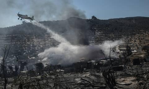 Φωτιά στη Μόρια: Έντονη αντιπαράθεση κυβέρνησης – αντιπολίτευσης στη Βουλή