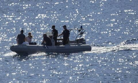 Ίος: Συναγερμός στο Λιμενικό - Ημιβυθίστηκε θαλαμηγός