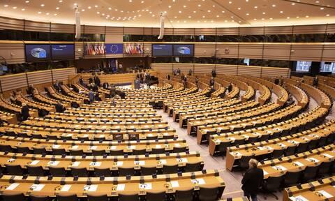 ΕΚ: Αλληλεγγύη στην Ελλάδα για τη Μόρια - Καταδίκη της τουρκικής παραβατικότητας