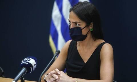 Μιχαηλίδου στο CNN Greece: Εντατικοί οι έλεγχοι σε γηροκομεία–Αύξηση στο επίδομα τέκνων αν χρειαστεί