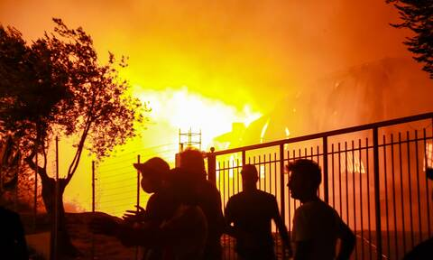 Φωτιές στη Μόρια: Μέσω facebook έδρασαν οι υποκινητές