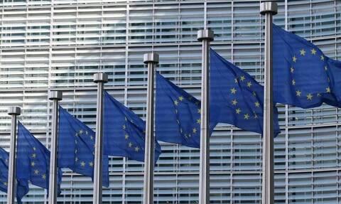 Κορονοϊός: Η Κομισιόν στηρίζει με 4 εκατ. ευρώ έρευνα για θεραπεία με τη χρήση πλάσματος