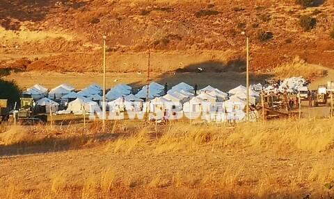 Το Newsbomb.gr στη Μόρια: Ο Στρατός στήνει νέο καταυλισμό - Αντιδρούν κάτοικοι και μετανάστες