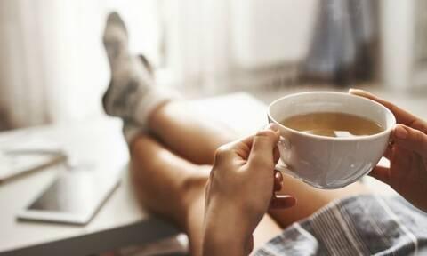 Πίνεις καφέ; Δες από τι σοβαρό μπορεί να σε σώσει!