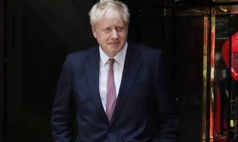 Τζόνσον προς ΕΕ: «Σταματήστε τις απειλές σε βάρος της χώρας μου»