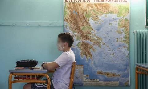Μητσοτάκης για σχολεία:Έκκληση στους γονείς να φορούν τα παιδιά μάσκες