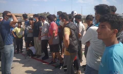Μητσοτάκης: Θα υπάρξει μόνιμο ΚΥΤ στη Μυτιλήνη - Η Μόρια κάηκε από κάποιους «υπερδραστήριους»