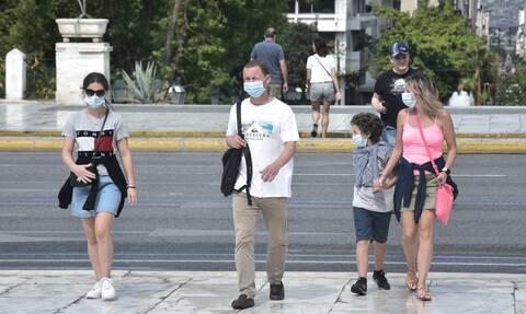 Κορονοϊός: Στο «κόκκινο» η Αττική - Πάνω από τα μισά κρούσματα στο λεκανοπέδιο
