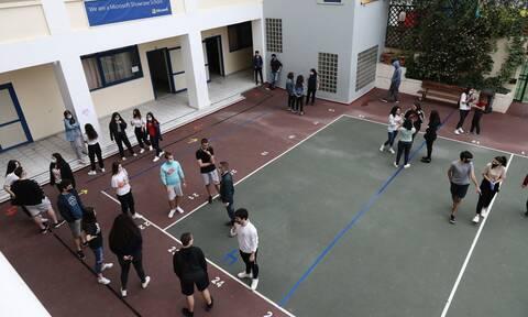 Σχολεία: Μάσκες, αποστάσεις και παγουρίνια - Τα «SOS» για ασφαλή επιστροφή