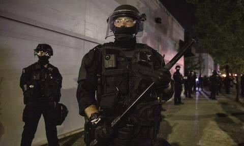 ΗΠΑ: Κρίσιμη η κατάσταση των αστυνομικών που έπεσαν σε ενέδρα στο Λος Άντζελες