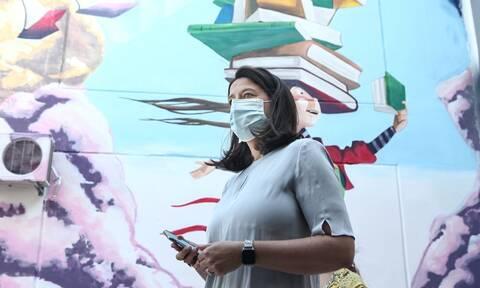 Σάλος με το ξυλοδαρμό καθηγητή από αρνητή της μάσκας: Αναφορά στον εισαγγελέα από την Κεραμέως