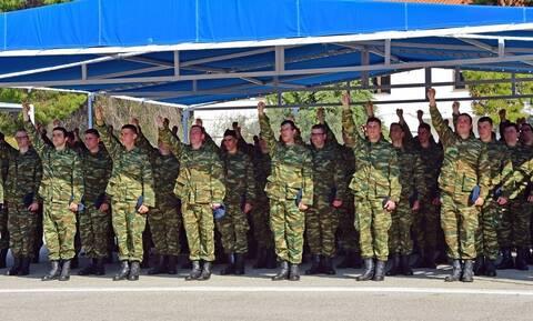 Στρατιωτική θητεία: «Κλειδώνει» η αύξηση στον Στρατό Ξηράς - Το σχέδιο για στράτευση στα 18