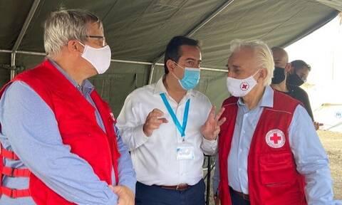 Ερυθρός Σταυρός: Στη Μυτιλήνη ο πρόεδρος Αντώνης Αυγερινός - «Είμαστε εδώ για να βοηθήσουμε»