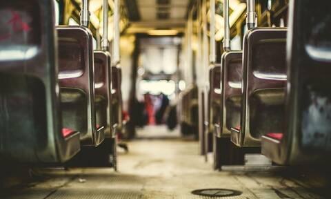 Χαμός σε λεωφορείο: Επιβάτης δεν είχε μάσκα – Δείτε τι έβαλε στο πρόσωπό του