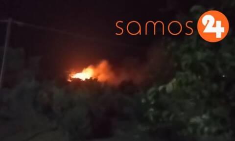 Φωτιά κοντά στο ΚΥΤ της Σάμου - Συναγερμός στην Πυροσβεστική