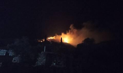 Σάμος: Κατασβέστηκε η φωτιά στο ΚΥΤ - 13 προσαγωγές για εμπρησμό