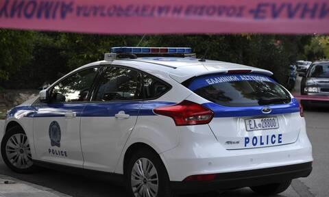 Τρόμος για επιχειρηματία: Κακοποιοί του έστησαν καρτέρι, τον κράτησαν όμηρο και έκλεψαν 50.000 ευρώ