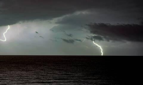 Έκτακτο δελτίο ΕΜΥ: Έρχεται κακοκαιρία με ισχυρές βροχές - Ποιες περιοχές θα «σαρώσει»