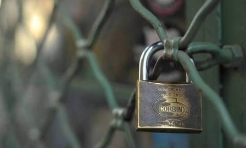 Κορονοϊός: Εκδόθηκε νέα ΚΥΑ - Ποιες επιχειρήσεις κλείνουν και τι απαγορεύεται