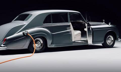 Το είδαμε και αυτό: Αυτοκίνητο-αντίκα με ηλεκτροκίνηση!