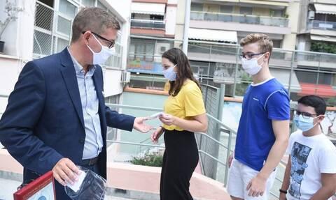 Κορονοϊός: Συναγερμός στην Πετρούπολη! Θετικός στον ιό εκπαιδευτικός σε σχολείο