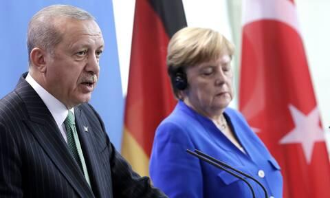 Επικοινωνία Μέρκελ - Ερντογάν: Τι συζήτησαν