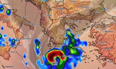 Κυκλώνας Ιανός: «Αυτά που συμβαίνουν είναι πρωτοφανή»! Δραματική προειδοποίηση