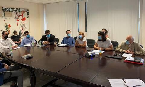 Μαρινάκης: Η ΟΝΝΕΔ παρούσα σε κάθε πρωτοβουλία που αφορά τους νέους - Απών ο ΣΥΡΙΖΑ