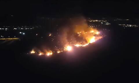 Φωτιά στην Πάτρα: Ολονύχτια μάχη με τις φλόγες στα Συχαινά