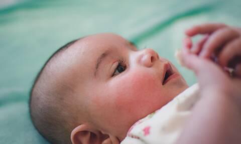 Τα σημάδια έχουν τα μωρά από τη γέννησή τους