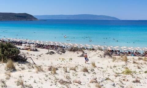 Η παραλία Σίμος στην Ελαφόνησο στις δέκα καλύτερες παραλίες της Ελλάδας