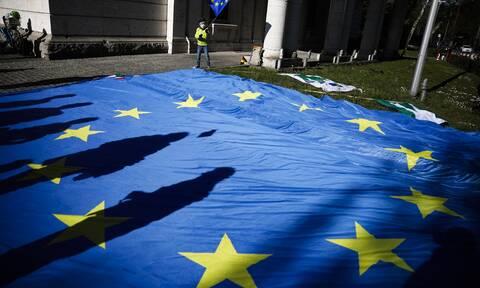 Άλλα ντ' άλλων η ΕΕ: Θυμήθηκε να καλέσει την Τουρκία να σταματήσει τις έρευνες στην Ανατ. Μεσόγειο