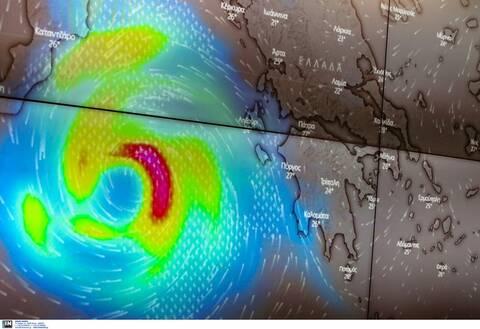 Κυκλώνας «Ιανός»: «Σφυροκοπά» Ιόνιο και δυτική Πελοπόννησο - Δείτε LIVE εικόνα