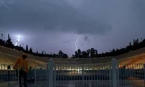 Κυκλώνας «Ιανός»: Ξεκίνησε η βροχόπτωση στην Αττική