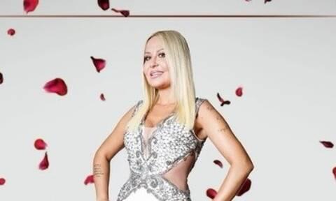 The Bachelor: Χαμός στο Twitter με την 38χρονη Έλενα Μπάση