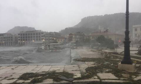Medicane Ianos swirling over Ionian Sea, to bring heavy rainfall on Friday and Saturday