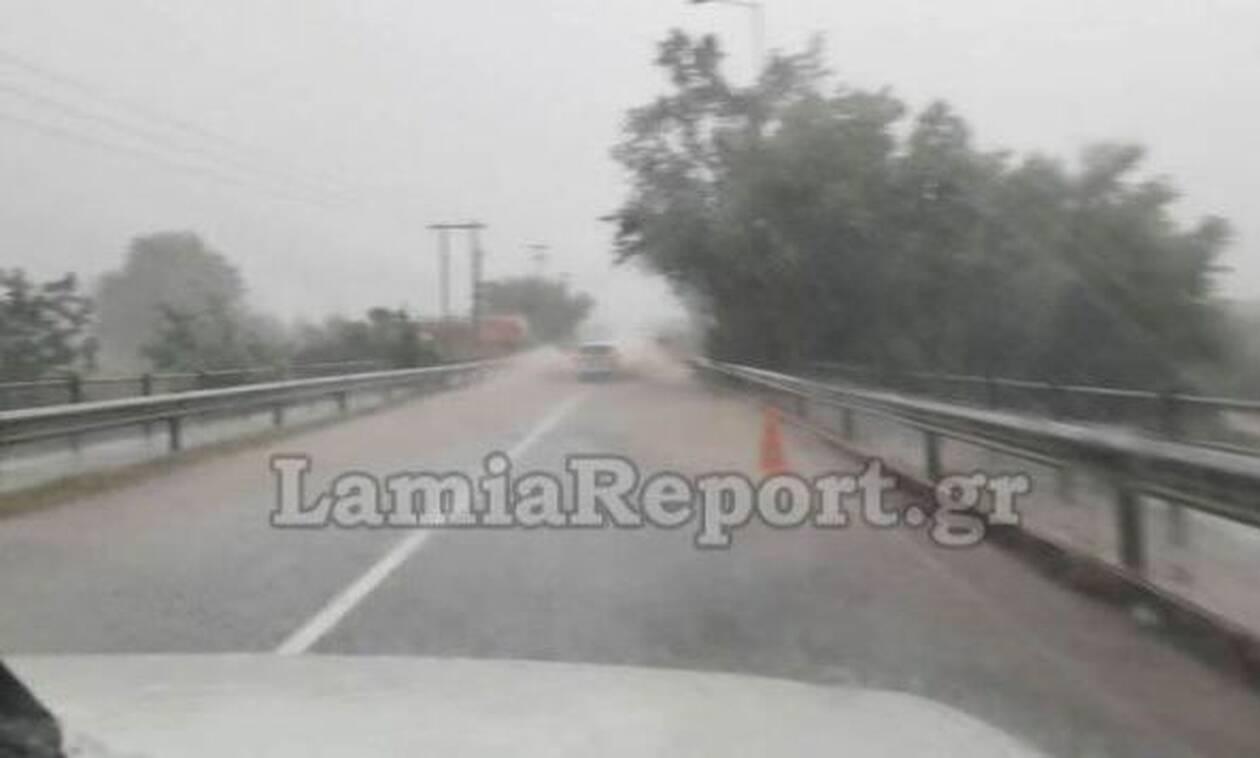 Κακοκαιρία Ιανός: Έκλεισε η εθνική οδός Λαμίας - Καρπενησίου