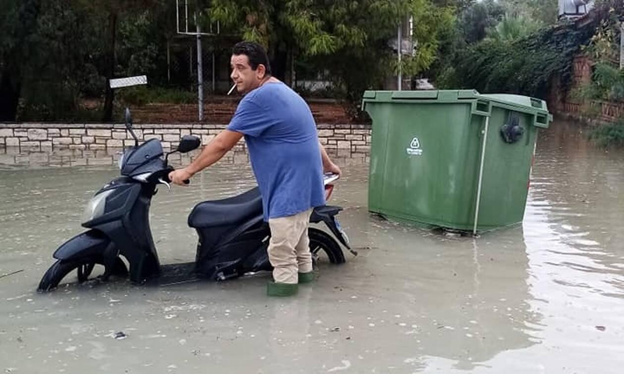 Κακοκαιρία «Ιανός»: Στη δίνη του κυκλώνα η Πάτρα: Σε λίμνη έχει μετατραπεί κεντρικός δρόμος στο Ρίο